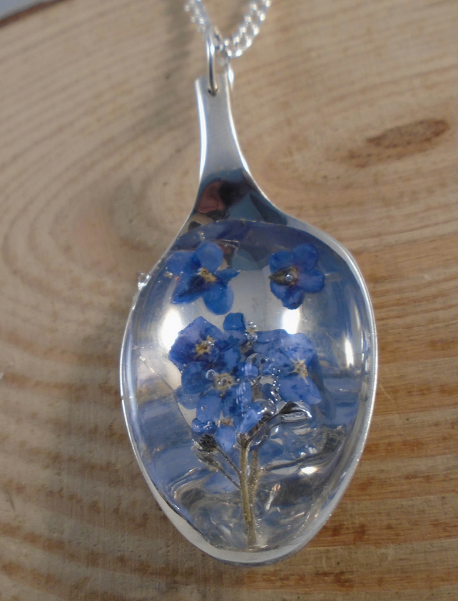 Upcycled Silver Plated Spoon Necklace with Forget Me Not in Resin SPN041907