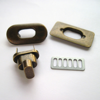 Twist lock, ANTIQUE BRASS