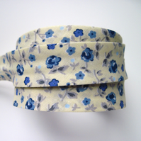 Bias binding -  3m cream and blue floral