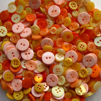 50g Mixed buttons - holiday sunrise (orange yellow)