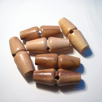 Wooden toggles with hole 40mm