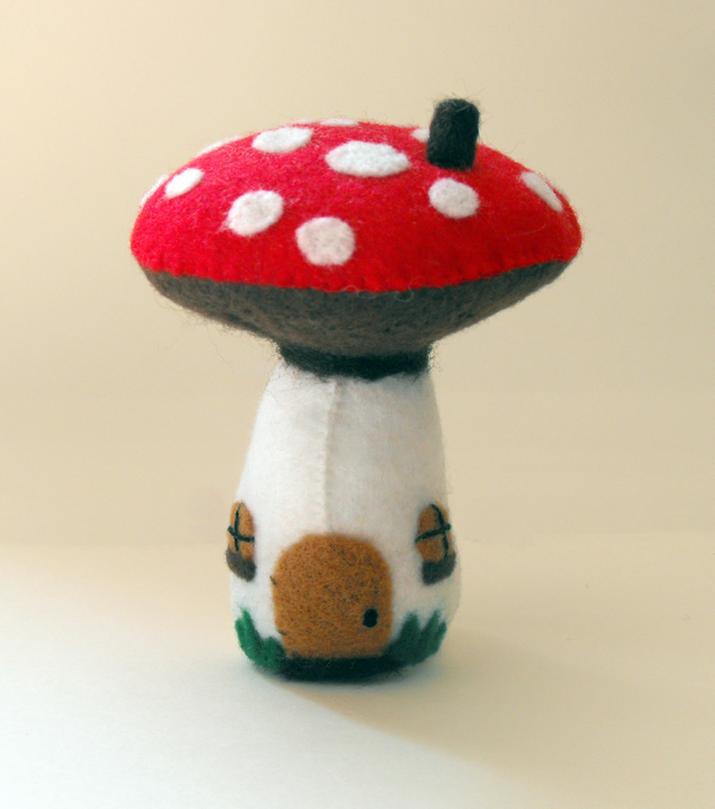 Felt Toadstool House Pin Cushion