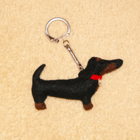 Felt Sausage dog (dachshund) key ring