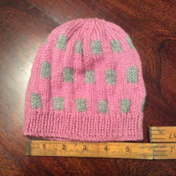 Hand knitted baby hat - pink and grey