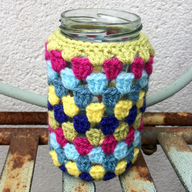 Crochet jam jar vase - green