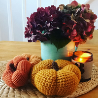 Crochet pumpkins - set of 3