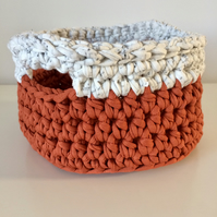 Crochet basket - rusty orange and cream