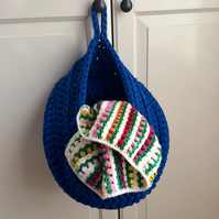 Large crochet hanging basket - blue