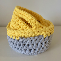 Set of 2 crochet baskets - yellow and grey