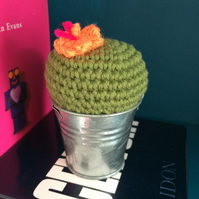 Crochet cactus - orange flower