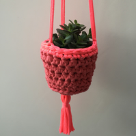Crochet hanging planter - pink and neon pink - free UK shipping