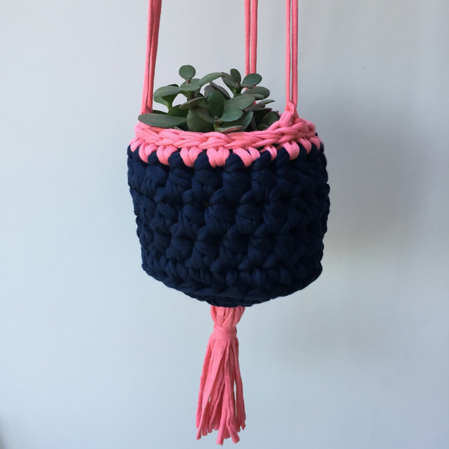 Crochet hanging planter - navy blue and pink - free UK shipping