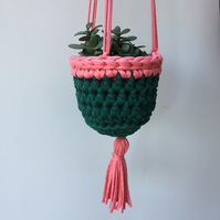 Crochet hanging planter - green and pink - free UK shipping