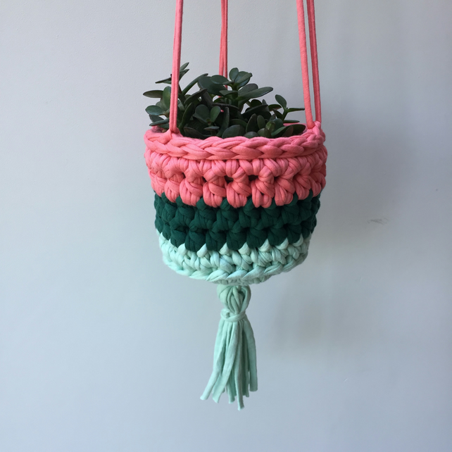 Crochet hanging planter - green mint and pink - free UK shipping