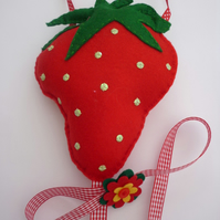 Strawberry Felt hand stitched Hairclip Hanger with ribbon