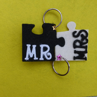 Wedding Mr and Mrs Jigsaw Keyrings