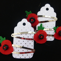 Poppy hair Clips