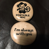 Portable Monkey Hug Pebble - Wooden - Small Size