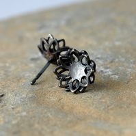 Chrysanthemum silver stud earrings