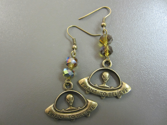 UFO Alien Space Ship Earrings