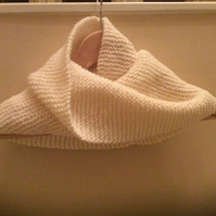 Hand knitted wool mix garter stitch Neck Warmer in Cream