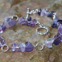 Amethyst Gemstone Chip, Silver Plated Bracelet. Purple and Lilac.