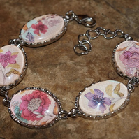 Parisian Rose, Floral Glass Cabochon Cameo Bracelet. Silver Plated.