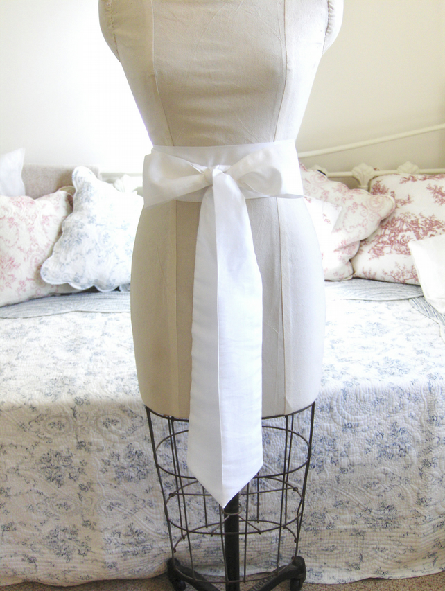 Ivory taffeta bridal wedding sash belt.