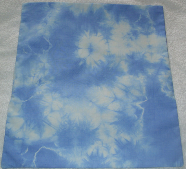 light blue tie dye cushion,frosty flowers