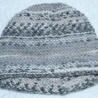 Hand knitted grey mix hat for baby 0 to 3 months