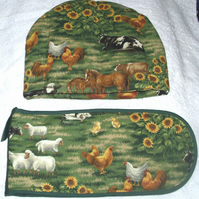 On the Farm Animals Tea cosy and ovengloves