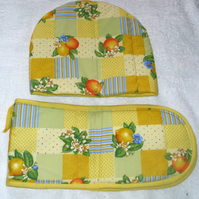 Citrus Fruits Tea cosy and oven gloves
