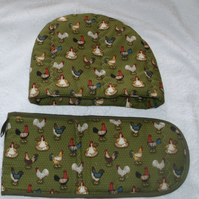 On the Farms chickens Tea cosy and oven glove set