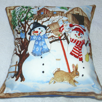 Snowmen and friends cushion