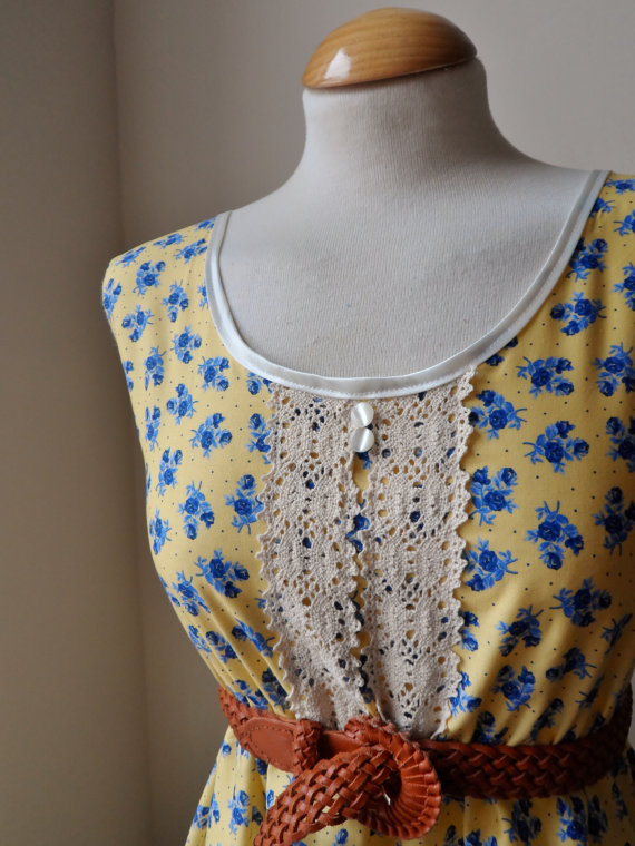Jennifer Lilly Beautiful Pale Yellow Lace Blue Floral Dress Vintage (XS,S)