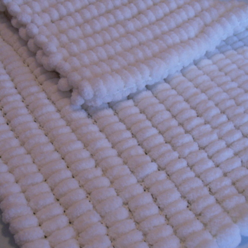 Crocheting Patterns For Baby Blankets Baby Pom Pom Crochet Blanket