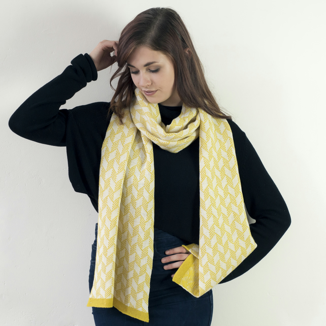 Lambswool knitted chevron scarf - mustard