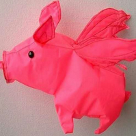 Small Flying Pig Windsock