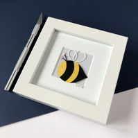 Mini Happy Bee Framed Papercut