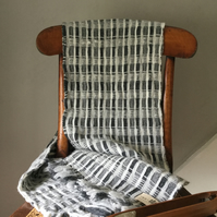 Hand Woven Downey Shetland Lambswool Scarf