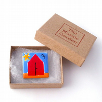 Beach Hut Brooch, Seaside Badge, Pin Badge, Gifts for Mum, For Her