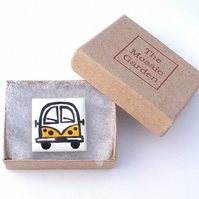 Campervan Brooch Badge, Combi, Splitscreen, Red,Blue, Yellow, Green,Purple
