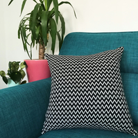 'Zig Zag' Geometric Handwoven Cushion