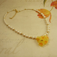 Daffodil Necklace - English Garden Collection