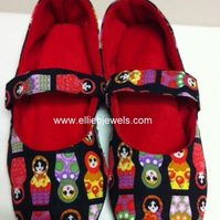 Mary Jane Slippers - Russian doll print