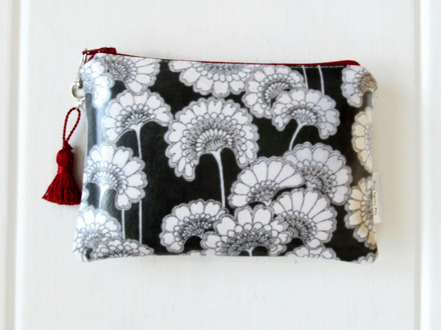 Japanese large purse or small cosmetic pouch