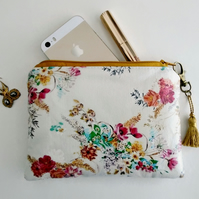Waterproof Vinyl Ladies Floral Wallet