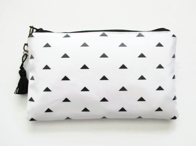 Waterproof Arrow Head Print Purse