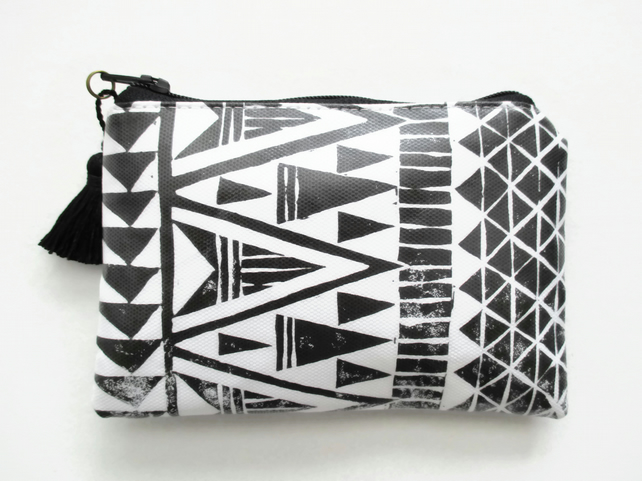 Waterproof Arrow Head Print coin Purse