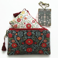 Waterproof Primitive Flower Travel Wallet, passport, luggage set